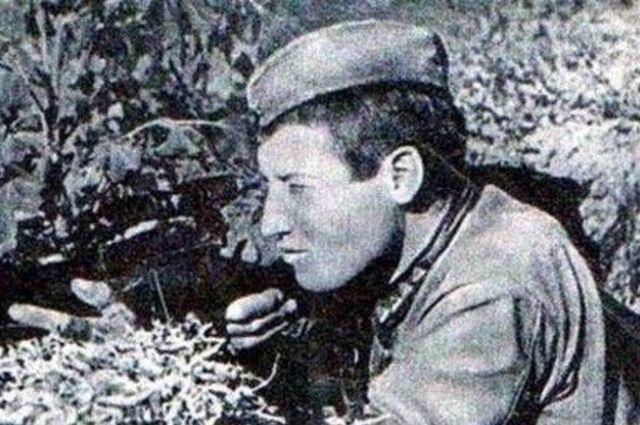 Михаил Сурков.