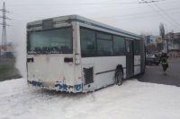 ЧП в Николаеве: автобус загорелся с пассажирами внутри