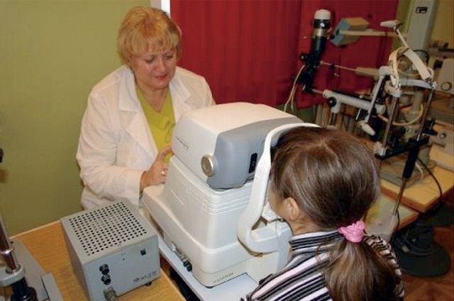 Максимальное количество детей собираются осмотреть врачи в ближайшие годы.