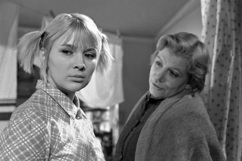 «Верность» (1965) — Зоя.