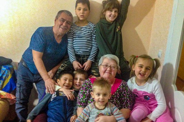 Семья Имангуловых готова дарить детям счастье.