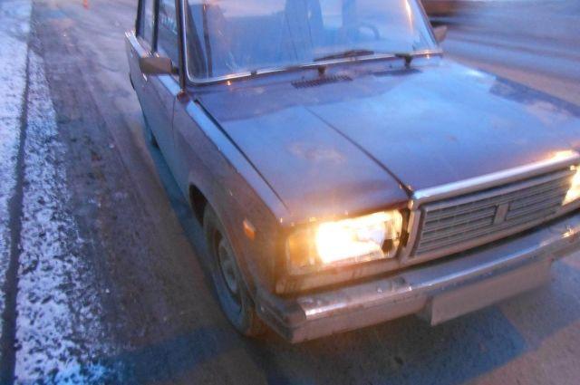 В Ижевске водитель ВАЗа сбил женщину с трёхлетним мальчиком