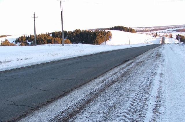 Иномарки столкнулись на трассе Кунгур - Соликамск.