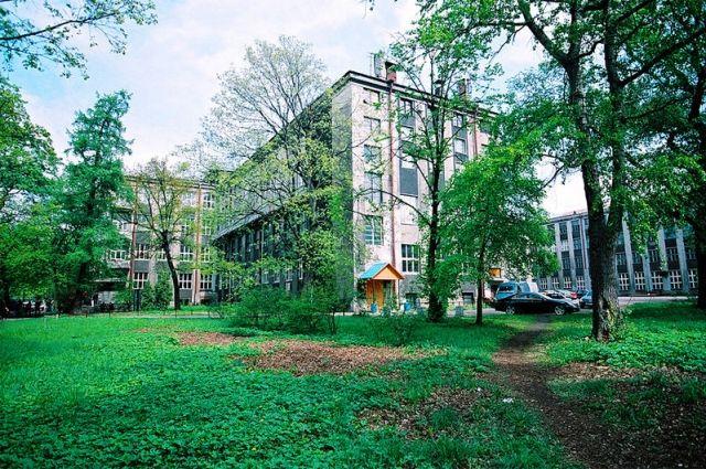 Проблемы Лесотехнического университета начались 10 лет назад.