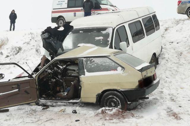Машину угнали от кафе в Оренбурге.