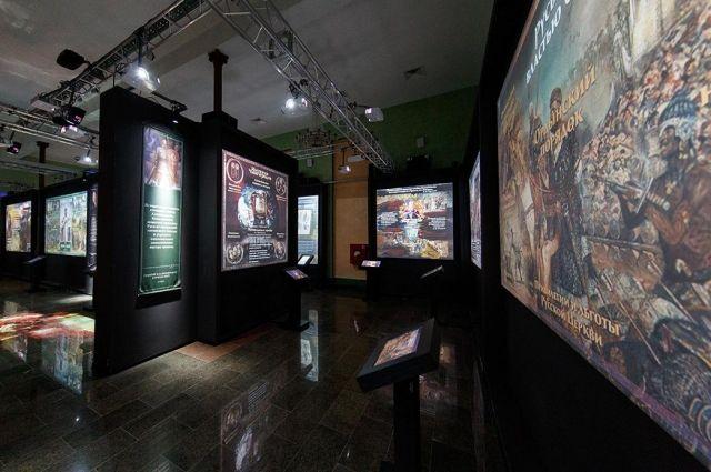 История Отечества в парке дается панорамно и при помощи современных технологий