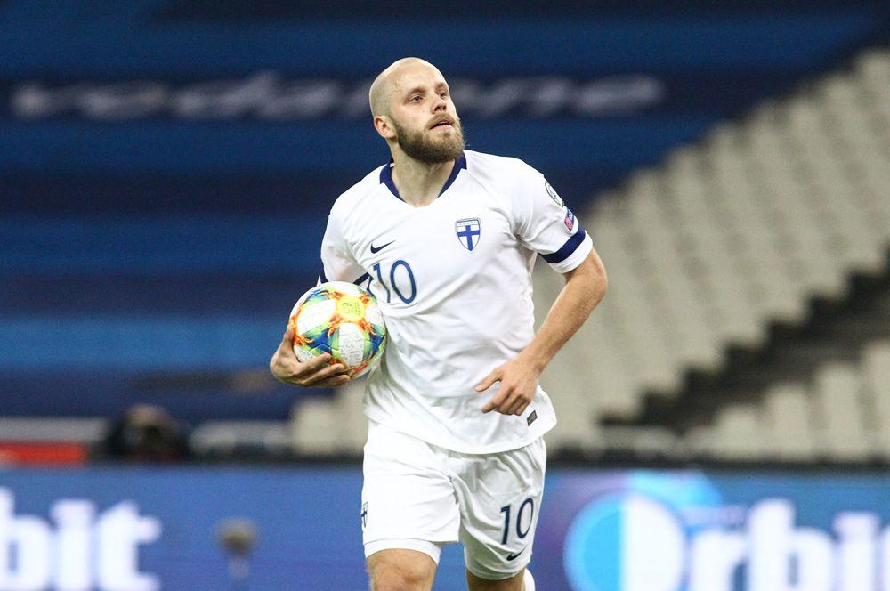 Теему Пукки. Нападающий английского «Норвича» играет за Финляндию с 2009-го года. Провел 80 матчей, забил 25 голов.