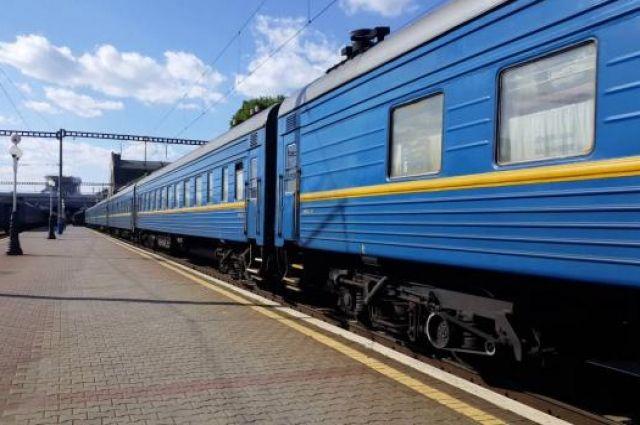 «Укрзализныця» выделит миллиард гривен на покупку и модернизацию вагонов