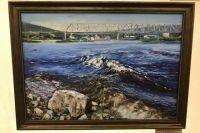 От картины «Мост через Лену» так и веет речной прохладой.