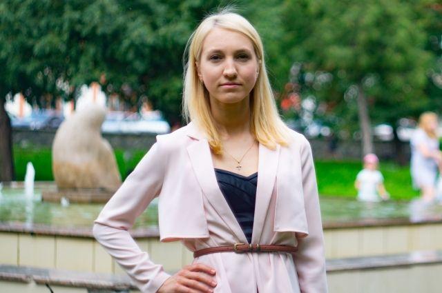 Анастасия Тарабрина уволилась по собственному желанию, чтобы больше времени уделять профсоюзной работе.