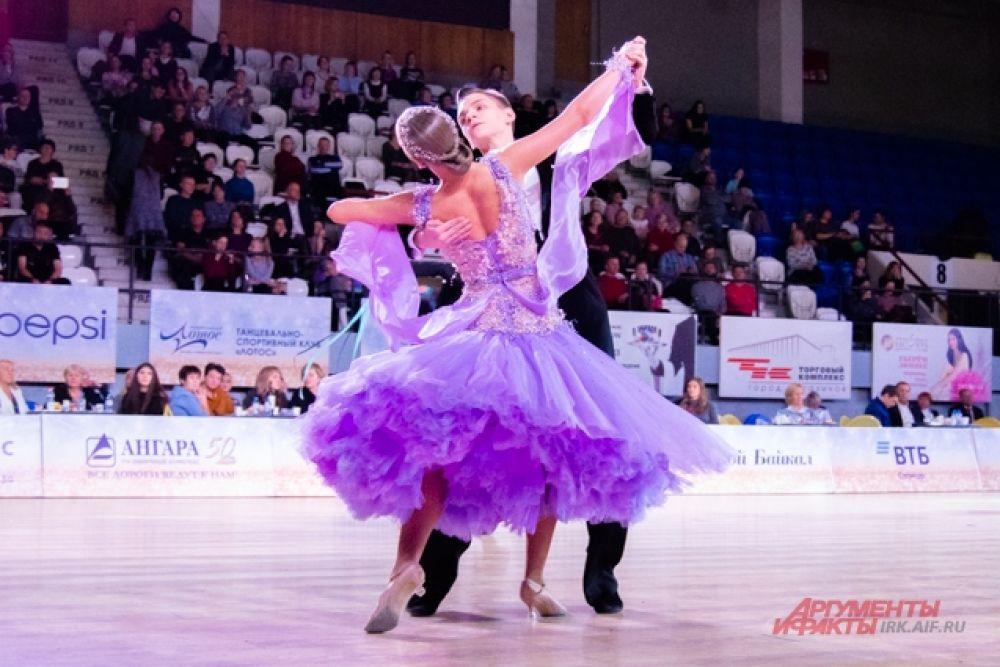 С 30 ноября и 1 декабря на площадке дворца спорта «Труд» в Иркутске проходил танцевальный турнир «Голубой Байкал».