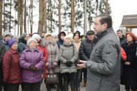 Губернатор в Дорогобуже пообщался с местными жителями, которые высказали свои пожелания о том, каким хотели бы видеть новый парк.