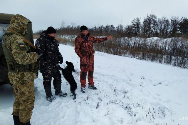 Пограничники задержали двух россиян-охотников: подробности
