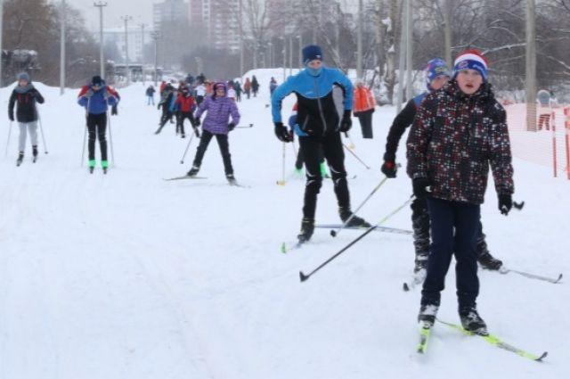 Парад-открытие состоится в 11:00 часов 7 декабря, начало соревнований - в 11:30 часов.