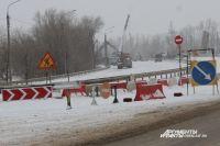 В Оренбурге рухнувший мост разбирают круглосуточно.