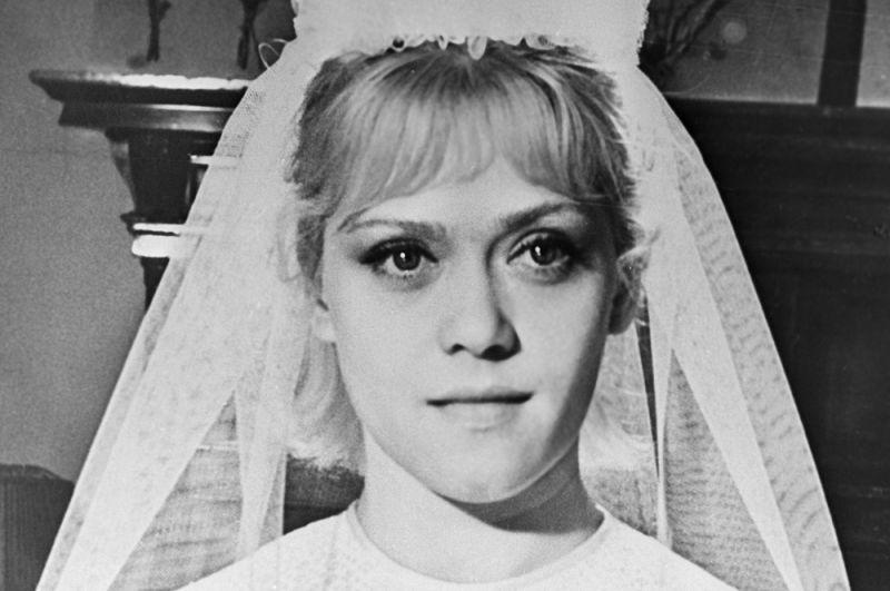 «Похождения зубного врача» (1965) — Маша.