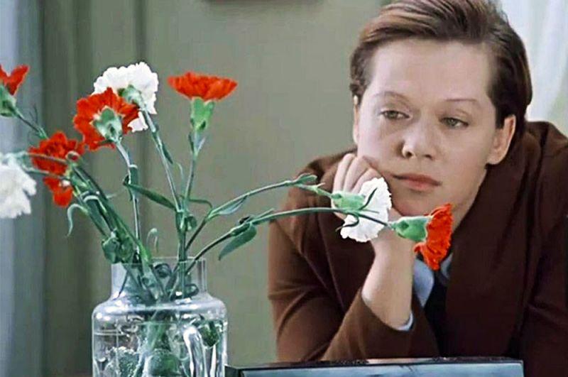 «Служебный роман» (1977) — Людмила Прокофьевна Калугина («Мымра»).