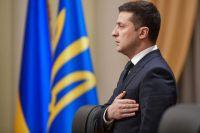 Зеленский назвал волонтеров участниками развития украинской армии
