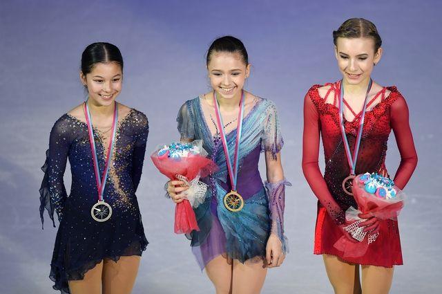 Слева направо: Алиса Лью, Камила Валиева, Дарья Усачева.