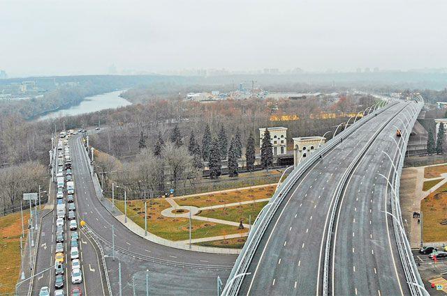 Автомобилисты района очень ждали открытия нового моста.