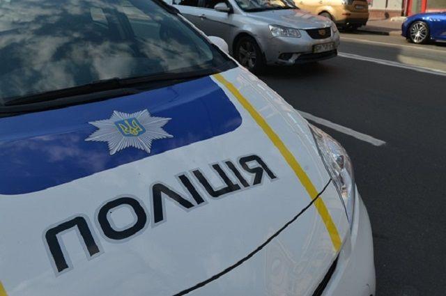 В Киеве патрульные предотвратили самоубийство женщины: детали