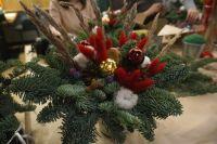 Такое новогодний украшение каждый может сделать своими руками дома.