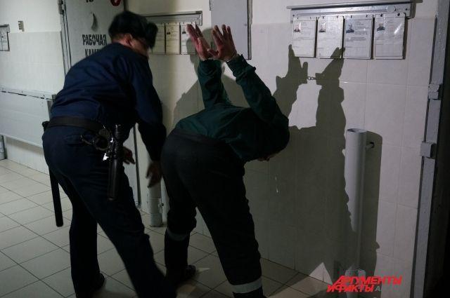 Отбывавший наказание в колонии-поселении при ИК-6 мужчина прятался в квартире знакомых.
