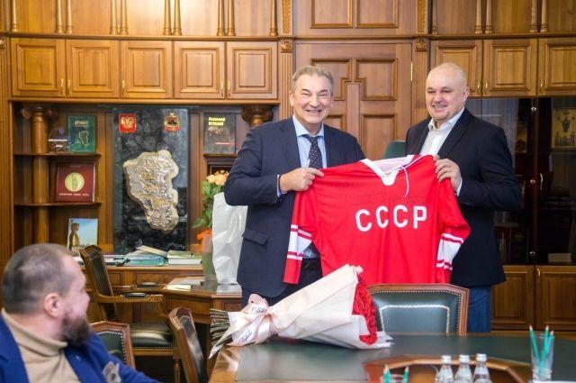 Кузбасские власти планируют построить три новых крытых ледовых площадки.