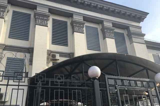 Экс-нардеп Украины отсидит два года в колонии за атаку посольства РФ