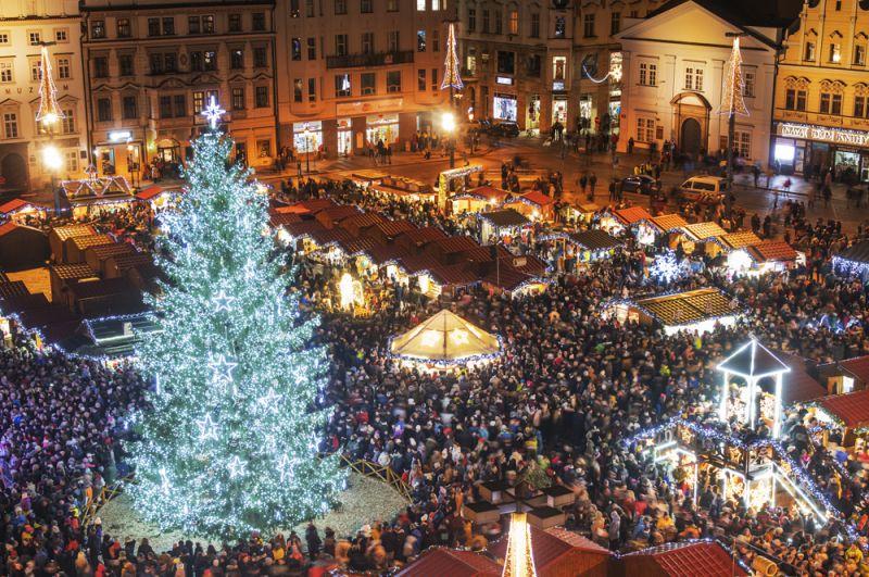 Рождественская елка в Пльзене, Чехия.