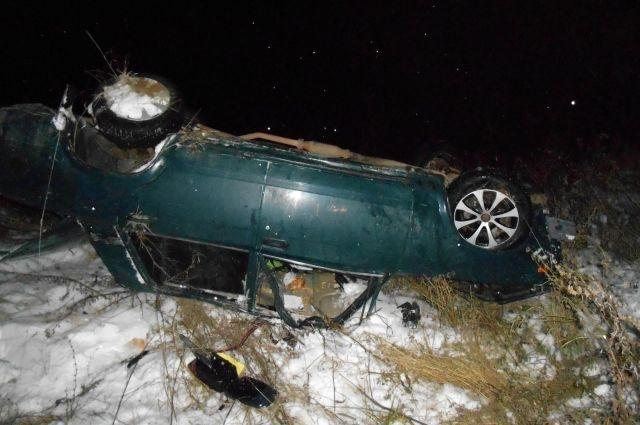 В Удмуртии водитель ВАЗа седьмой модели перевернулся в кювет