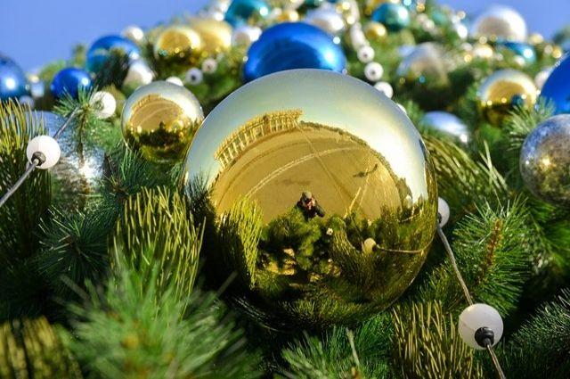 В Оренбурге  к Новому году на набережной откроют главную елку и каток.