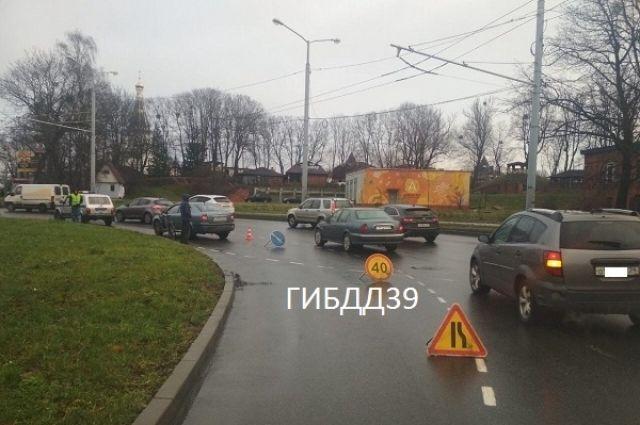В Калининграде велосипедист попал в больницу после ДТП