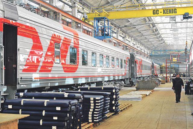Тамбовский вагоноремонтный завод в этом году выпустил плацкартный вагон с обновлённым интерьером.