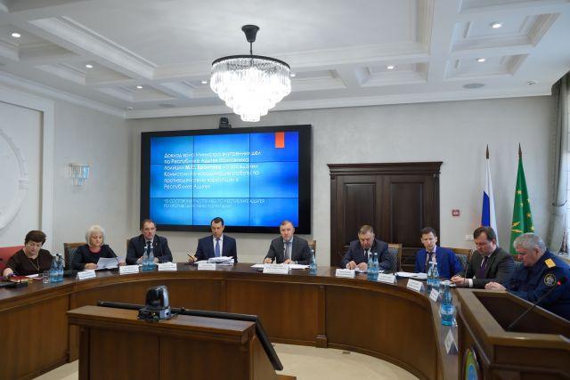 Мурат Кумпилов обозначил задачи по профилактике коррупционных нарушений