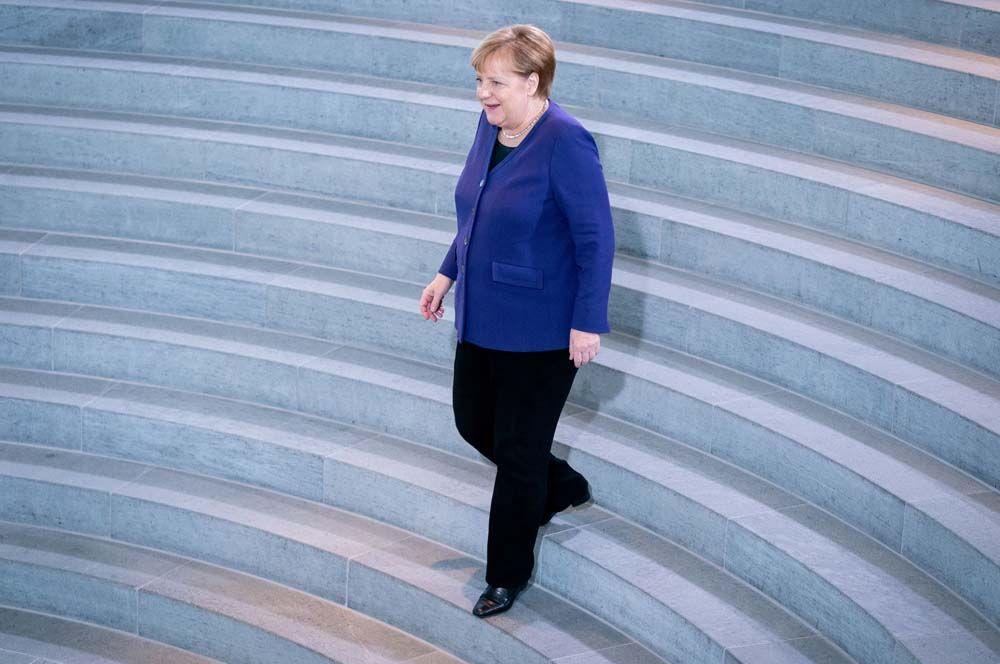 2015 год — канцлер Германии Ангела Меркель. Удостоена этого звания за лидерские позиции в решении долгового кризиса в Греции и европейского миграционного кризиса.