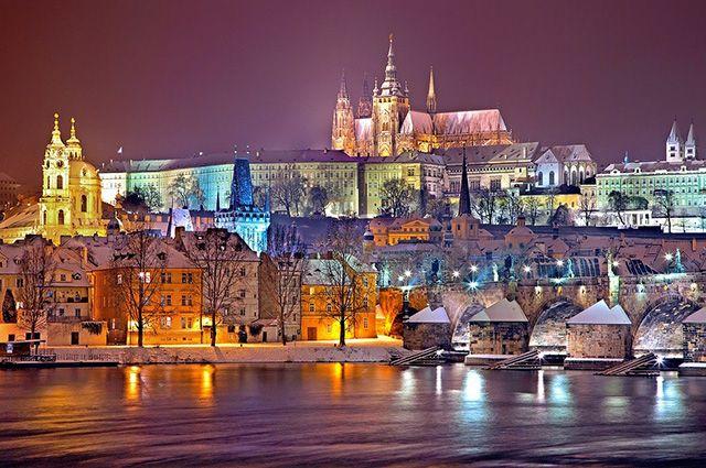 Прага - одно из самых популярных направлений для путешествий в новогодние праздники.