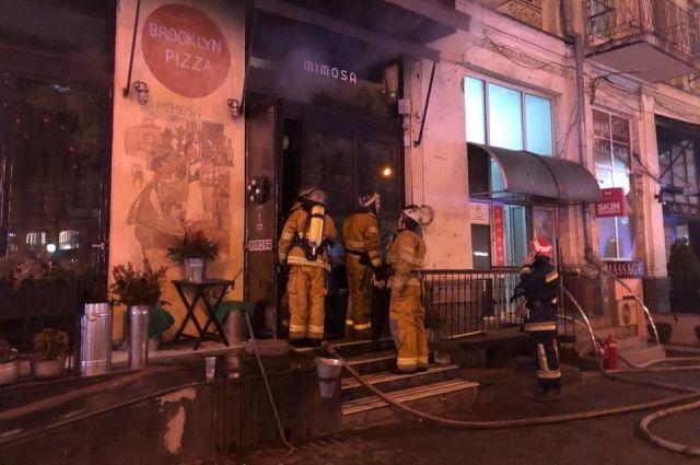 В центре Киева горел ресторан: подробности инцидента