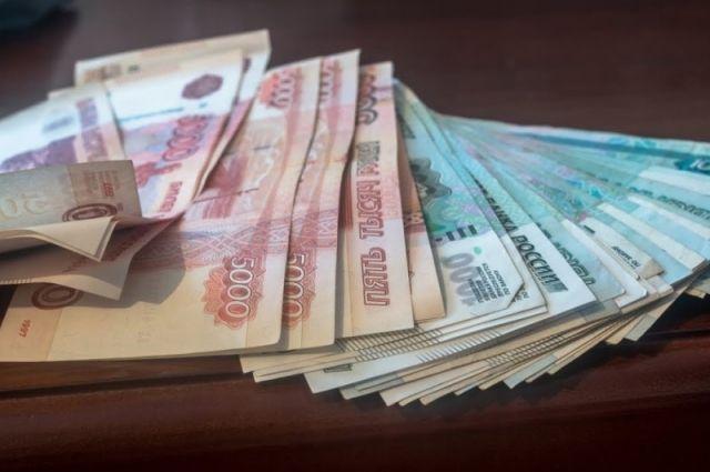 Мужчина похитил из дома бывшего работодателя 750 тысяч рублей