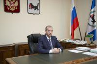 Несмотря на экономические победы, бесконечные скандалы, связанные с его именем, снизили рейтинг Сергея Левченко.