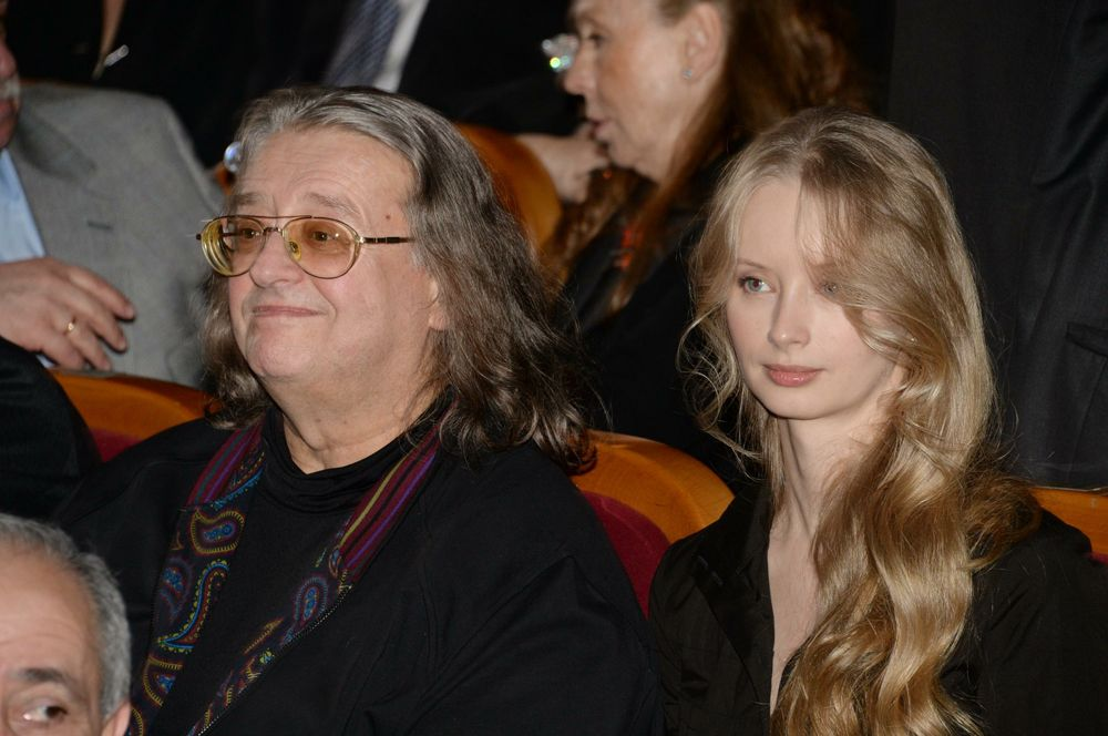 Александр Градский (70) и Марина Коташенко (37).