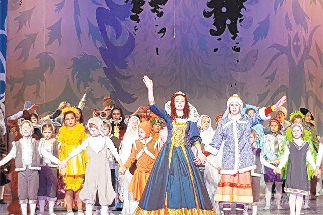 7 декабря артисты театра «Бемби» показали зрителям сразу три спектакля.