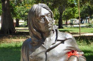 Очки Леннона ушли с молотка почти за 200 тысяч долларов