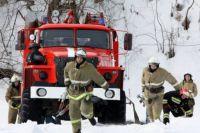 Пожарные успели потушить дом.