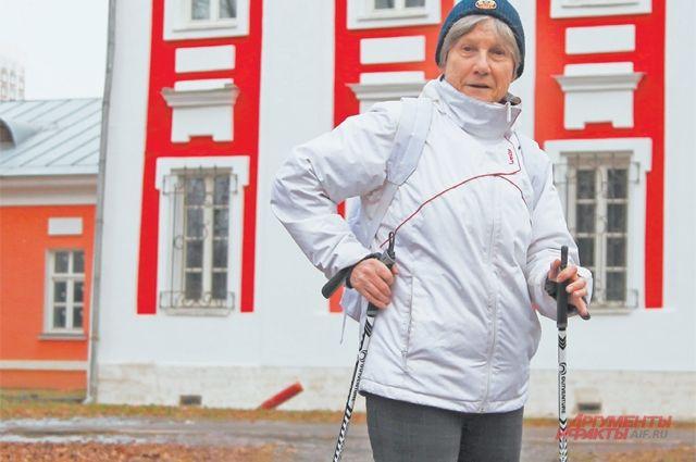 Скандинавская ходьба полезна людям любого возраста.