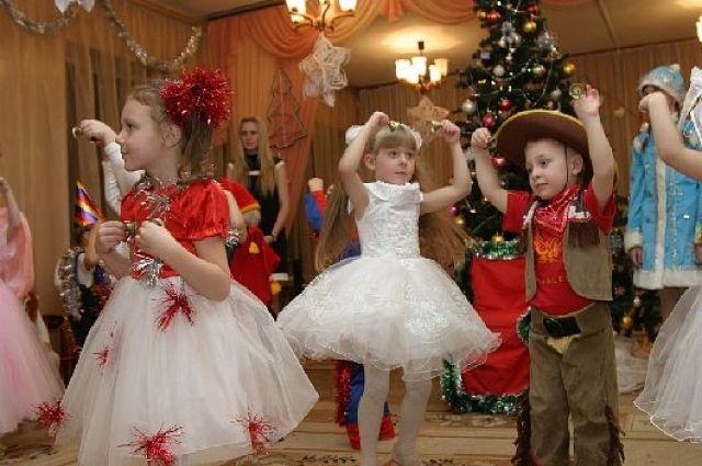 От базара – до бренда. Сколько стоит новогодний наряд для ребенка