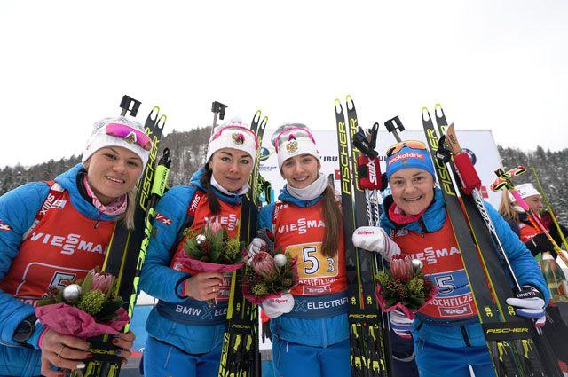 Спортсменки сборной Кристина Резцова, Лариса Куклина, Светлана Миронова и Екатерина Юрлова-Перхт.