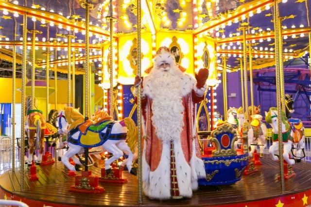 За два месяца Дед Мороз побывает в 28 городах.