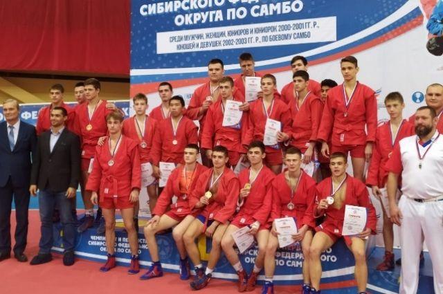 В соревнованиях принимали участие 850 спортсменов.