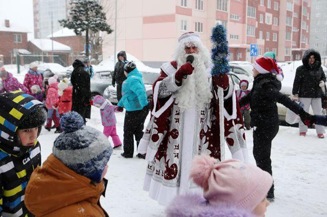 Гостей праздника ждет насыщенная программа: новогоднее настроение гарантировано!